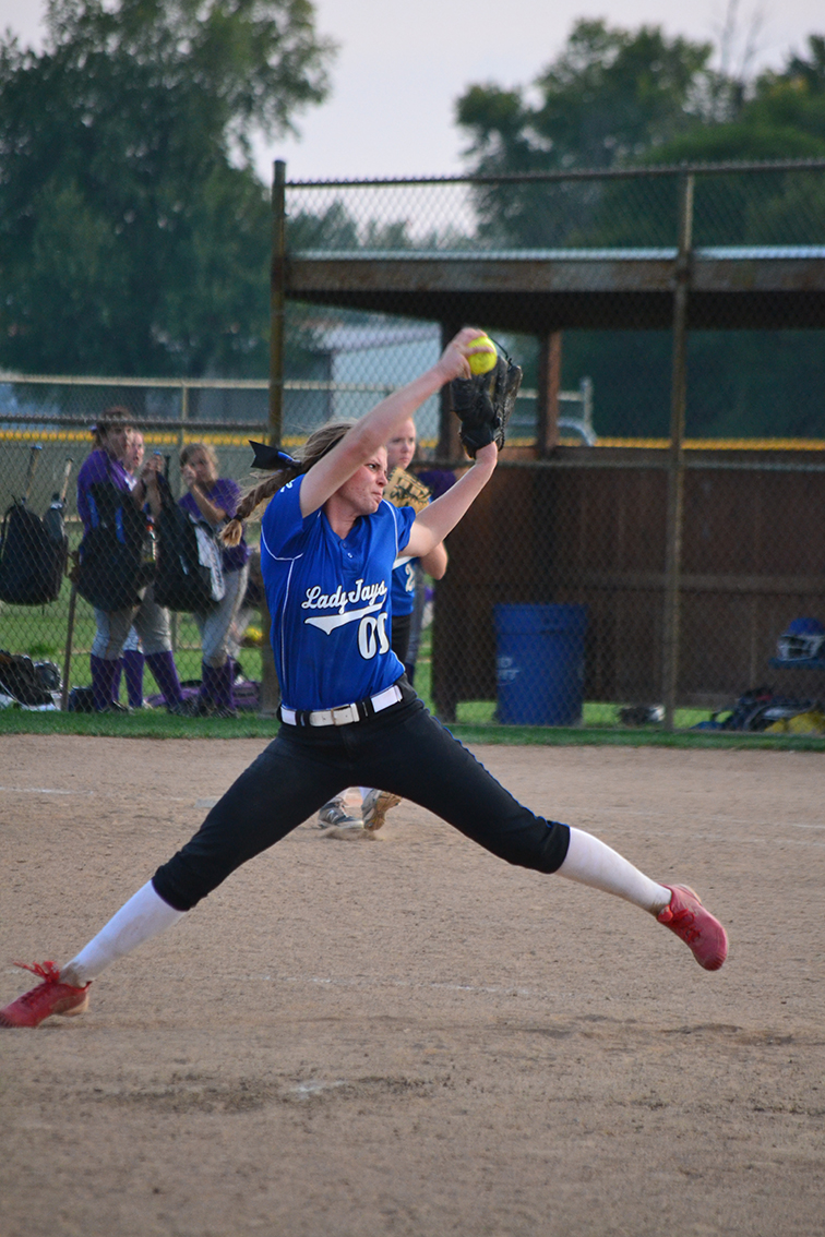 BRYCE MERENESS/Citizen photo West Platte pitcher Abby Summers delivers a pitch at the Mid-Buchanan Tournament on Sept. 27 at Heritage Park in St. Joseph, Mo. Summers recently struck out her 300th batter this season and is approaching 1,000 on her career.
