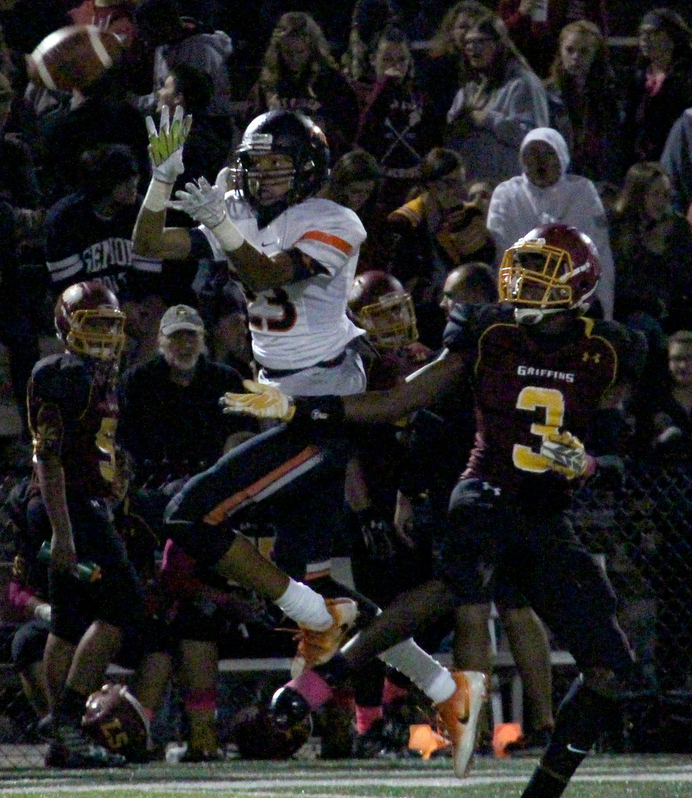 ROSS MARTIN/Citizen photo Platte County junior wide receiver John Watts hauls in a catch against Winnetonka on Friday, Oct. 7.