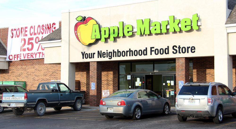 ROSS MARTIN/Citizen photo The Apple Market in Platte City announced this week its plans to close. Wells Bank will be moving into and renovating the vacant space to consolidate its two Platte City locations into one central headquarters.
