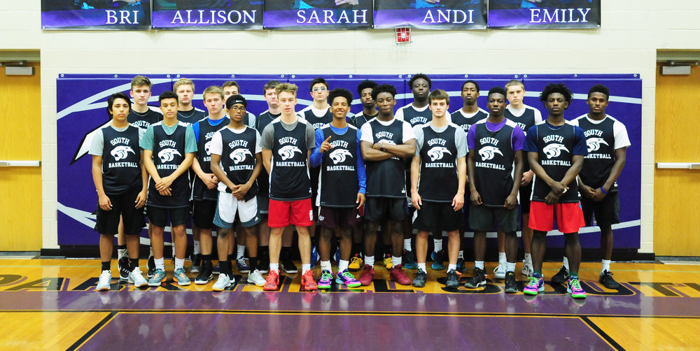 Front row, from left: Alex Rodriguez. Braden Smith, Jacob Harrison, Jalen Clayton, Dawson Owen, Desi Williams, JaShar Turner, Jacob Kline, MJ Walker and Lamel Robinson. Second row, from left: Kian Comstock, Jack Beurlein, Collin Brougham, Christian Jackson, Joe Badalucco, Harold Ellis, CJ Lee, Saadique Perkins, Connor Lee and Justin Thompson.