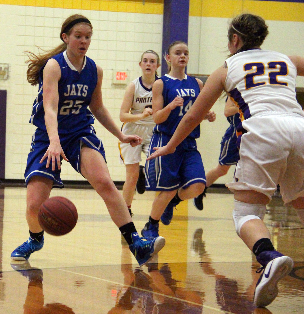 ROSS MARTIN/Citizen photo West Platte guard Nealie Niemeier dribbles up court against the North Platte defense on Friday, Jan. 6 at North Platte High School in Dearborn, Mo.