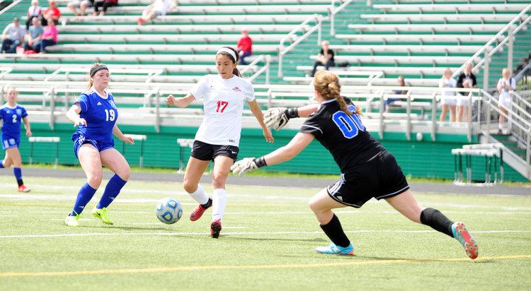 Park Hill soccer brings home Smithville Tournament title again Image