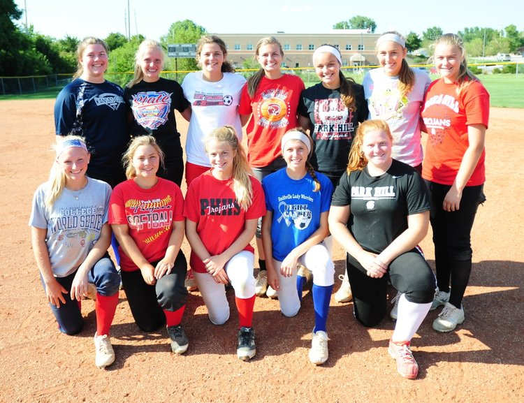 Park Hill softball ready for youthful core to make good on promise Image
