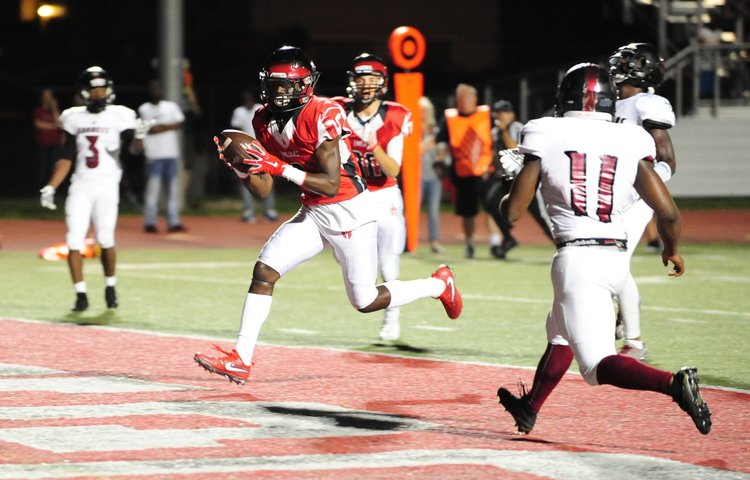 Maples, Bell lead Park Hill football's aerial assault vs. LSN Image