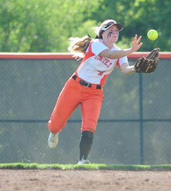NICK INGRAM/Citizen photo Platte County junior Janessa Barmann comes in to make a catch against Grandview.