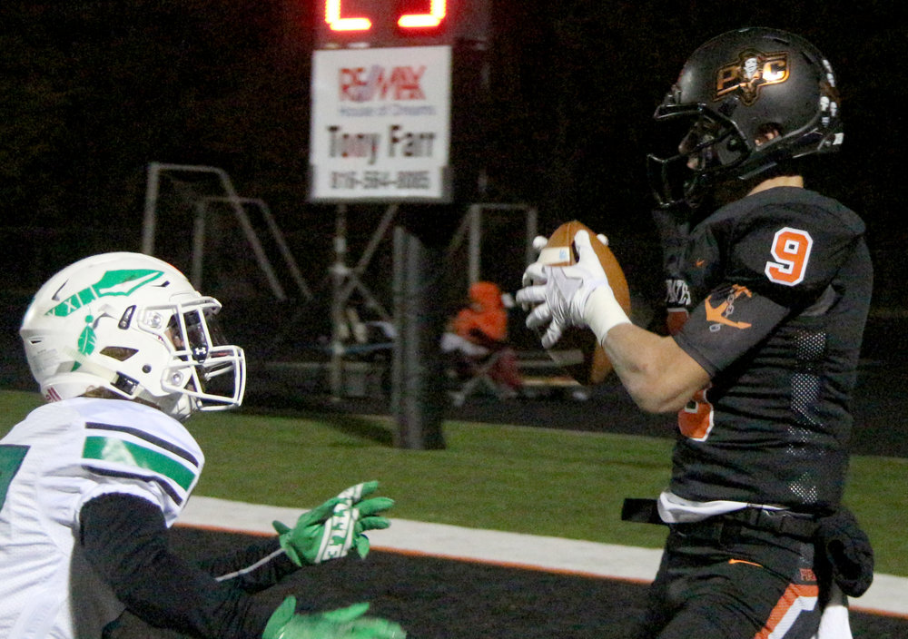 ROSS MARTIN/Citizen photo Platte County junior Dylan Gilbert makes a touchdown catch in the first half against Smithville on Friday, Oct. 27.