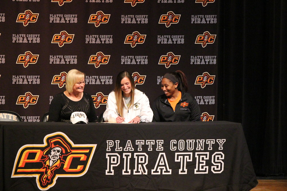 Bailey Bologna, center, will play soccer at Lindenwood in St. Charles, Mo.