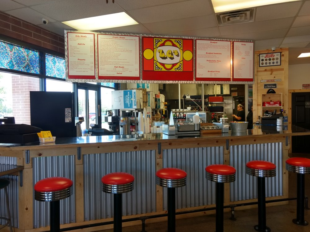 JEANETTE FAUBION/Citizen photo The new L.C.'s Hamburgers is located at 1302 Platte Falls Rd. in Platte City, next to the Verizon Store.