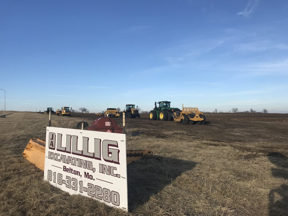 CODY THORN/Citizen photo Dirt work started on a new offsite parking service near Kansas City International Airport. Park 'No Go will build a 2,625 space lot between the area of Interstate 29 and Interstate 435, off N. Ambassador Drive.