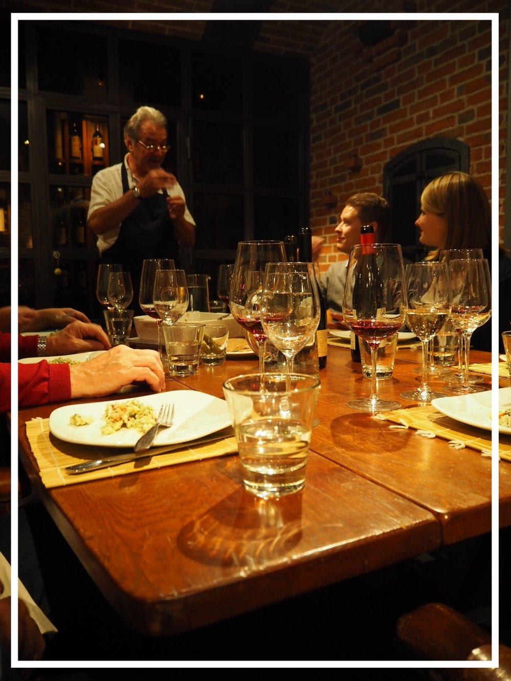italialaisen viinin tasting.JPG