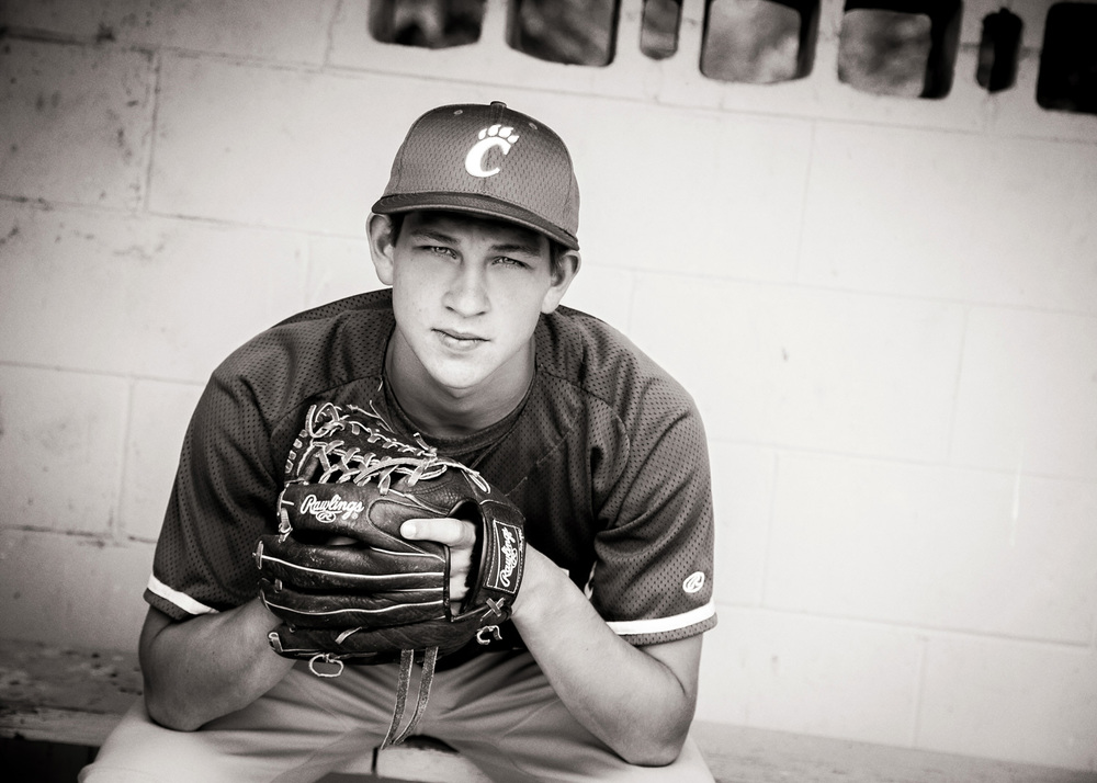 baseball senior portraits black and white hillary frost.jpg