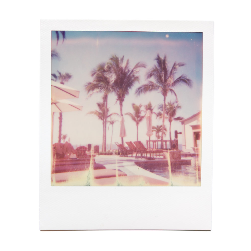karina cruz, playa grande, 2016. polaroid film.