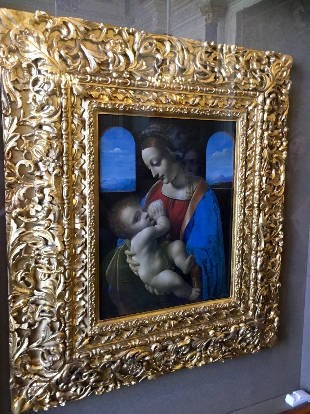 Leonardo Da Vinci -  The Madonna an d  Child  Mid 1490's