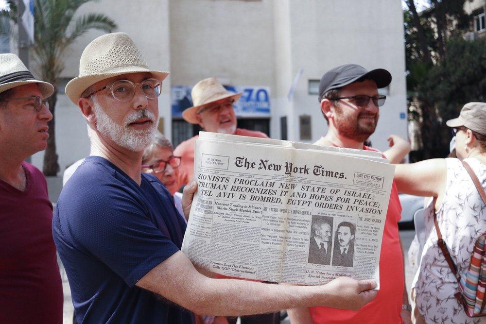 Rabbi Max Weiss holding The New York Times, May 15, 1948. Photo courtesy Sara Janz