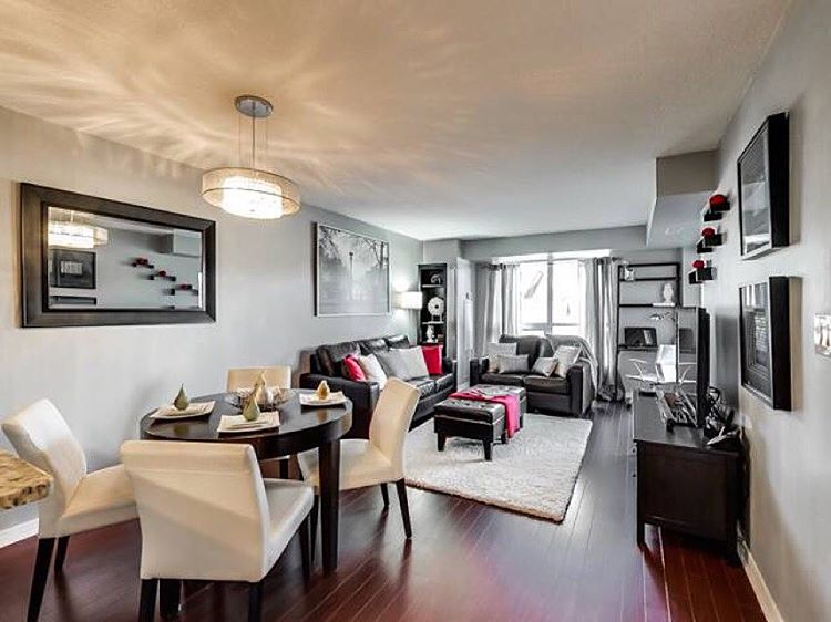 Yes we stage!!! One of the many perks of hiring the Connexus Group when it's time to sell your property. For all things real estate… Call or dm any time:)     Pictured here is our awesome new listing at 120 Dallimore in #donmills      #Toronto #realestate #homestaging #condolife #torontocondos #torontohomes #remax #remaxhallmark #the6ix #theconnexusadvantage  (at Red Hot Condos)