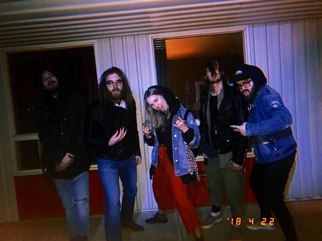 Had an amazing night yesterday shooting some new stuff 🎥! . .  We can't wait to share it with y'all 🤘 a HUGE thank you to the entire team, we had a blast 🤘 . . -NÖYZE- . . #new #videoclip #shooting #motel #cannes