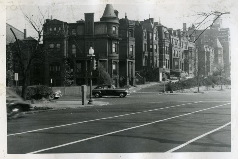 Row houses on the north side of the 1400 block of Massachusetts Avenue NW, ca 1949