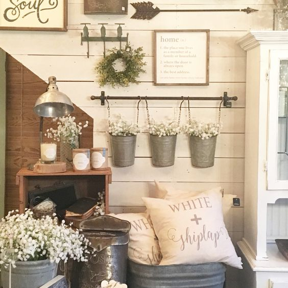 FarmhouseGalleryWall5