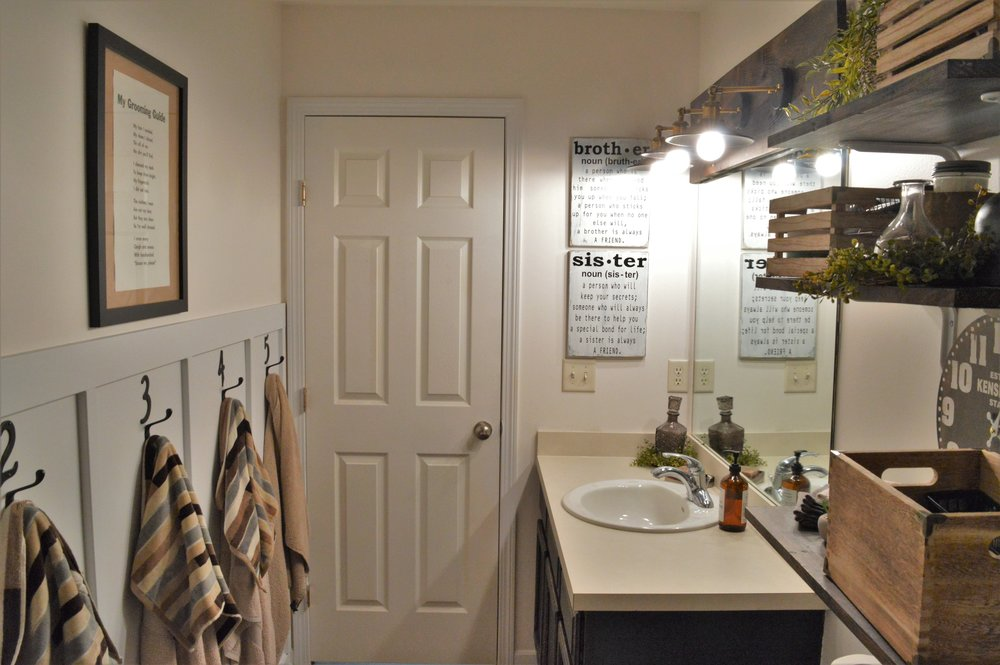 FarmhouseStyleBathroomDesign