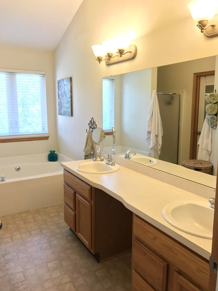 How To: Master the Modern Farmhouse Bathroom {under $500} — The ...
