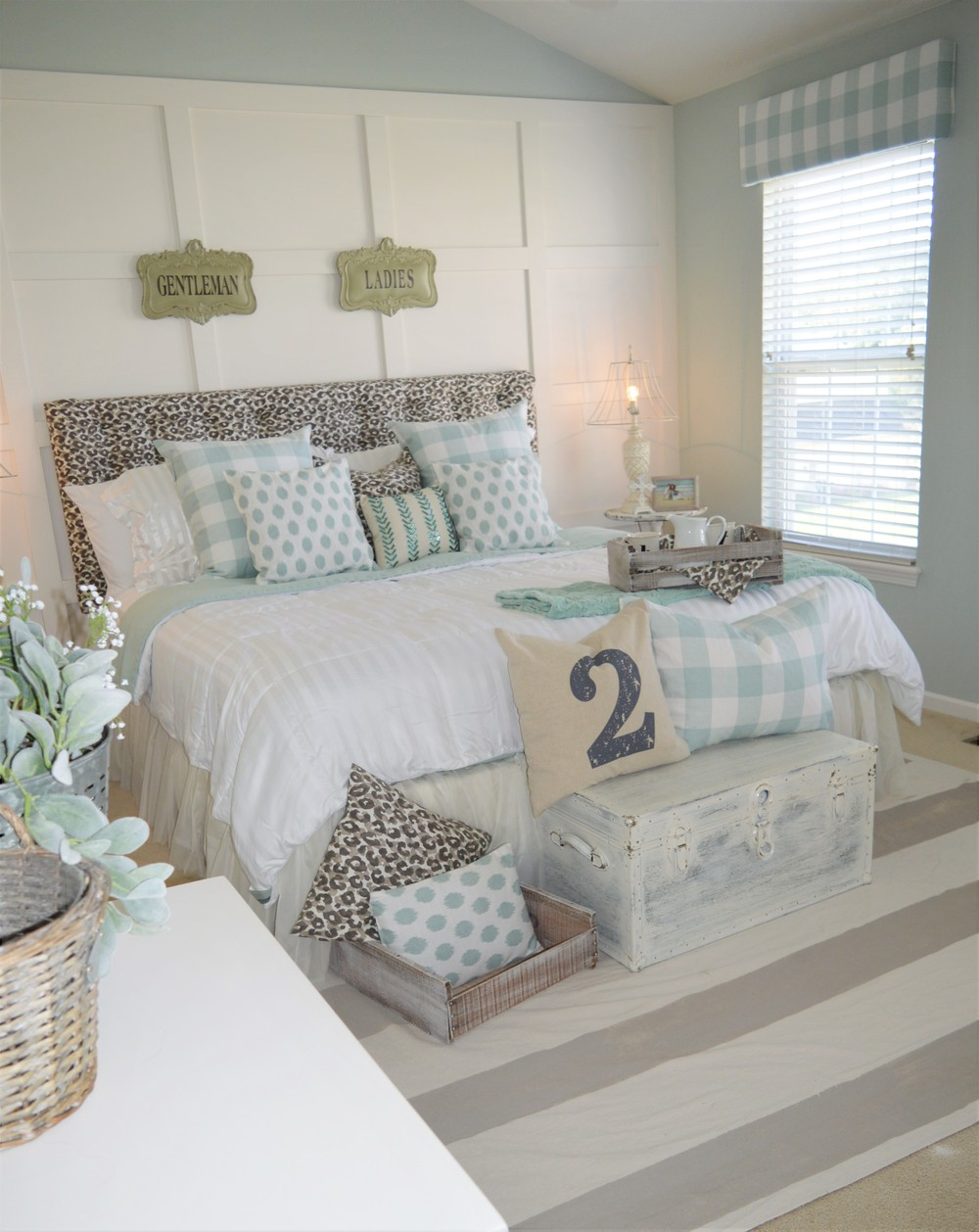 Master Bedroom Makeover After: Modern Farmhouse Bedroom Makeover