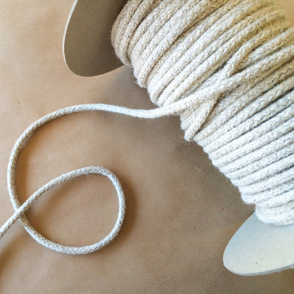 WOOL KNIT BRAIDED CORD NATURAL