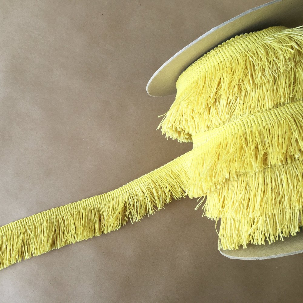 "Outdoor 2"" Cut Fringe Lemon"