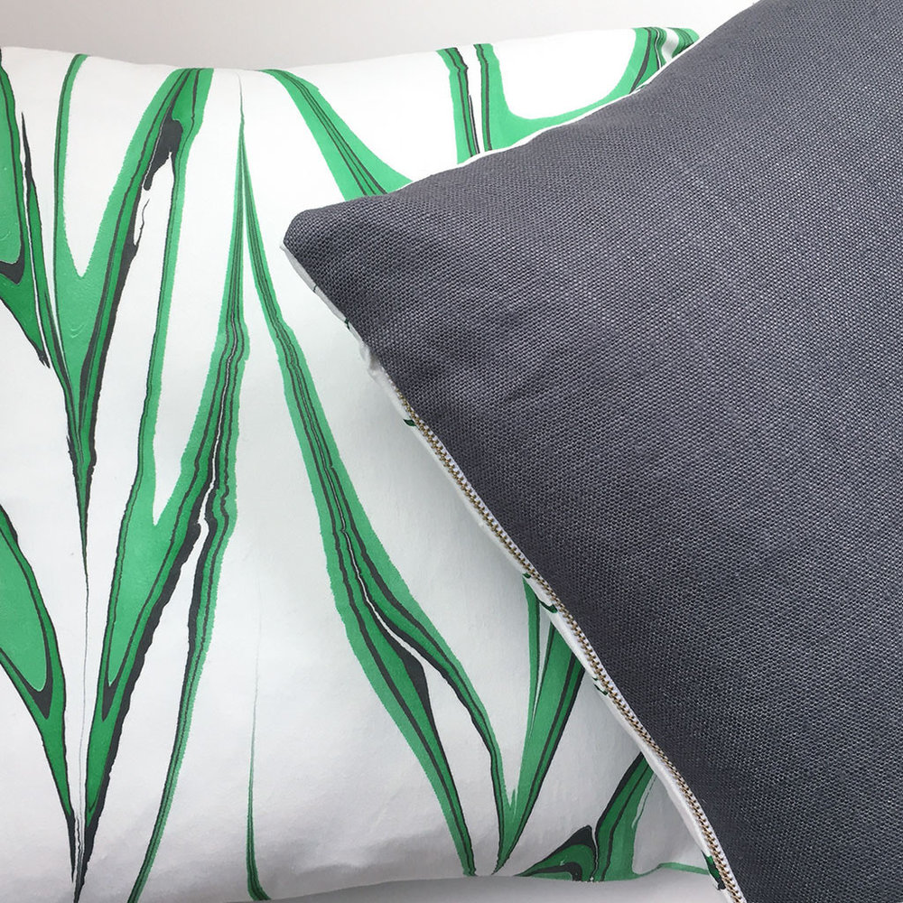 Marbled Pillow Malachite