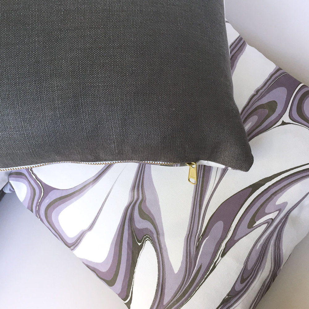 Marbled Pillow Amethyst