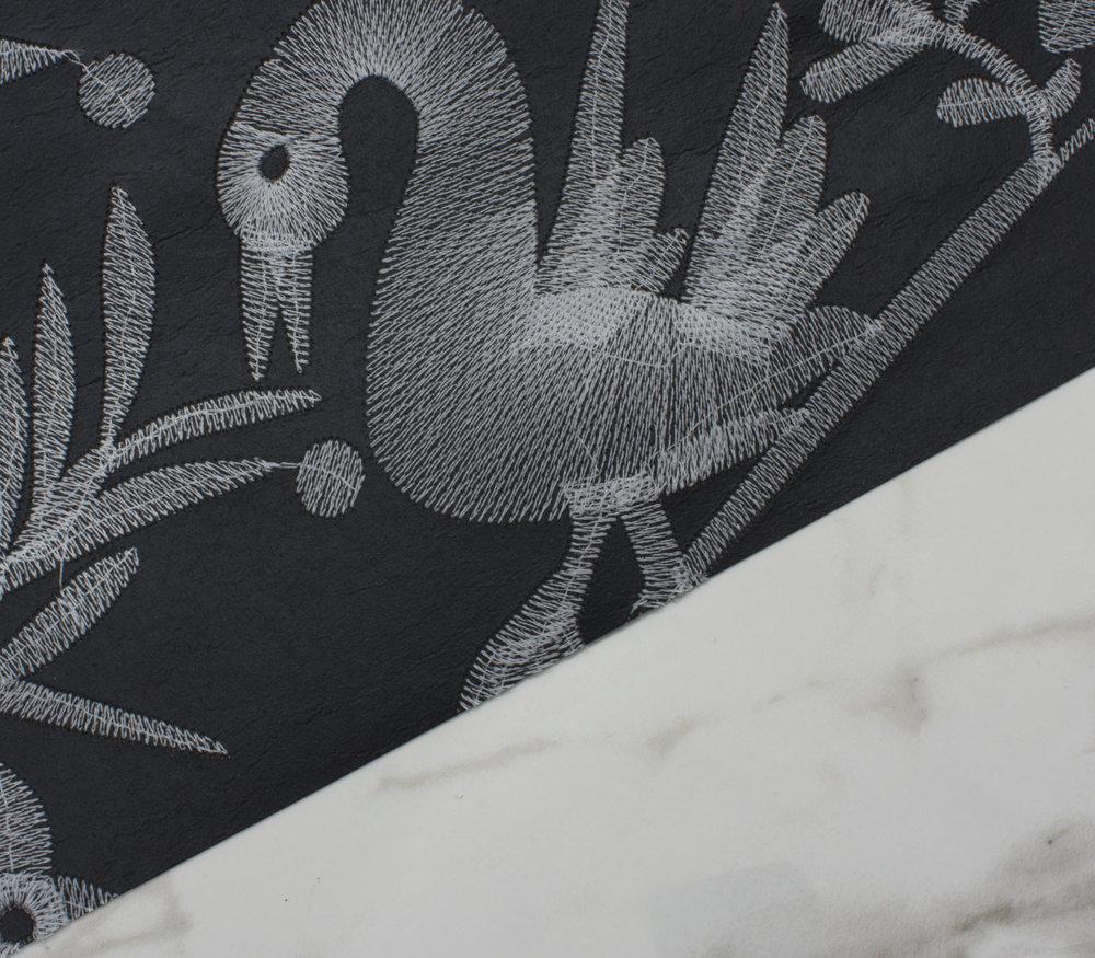 Aves - Off Black detail