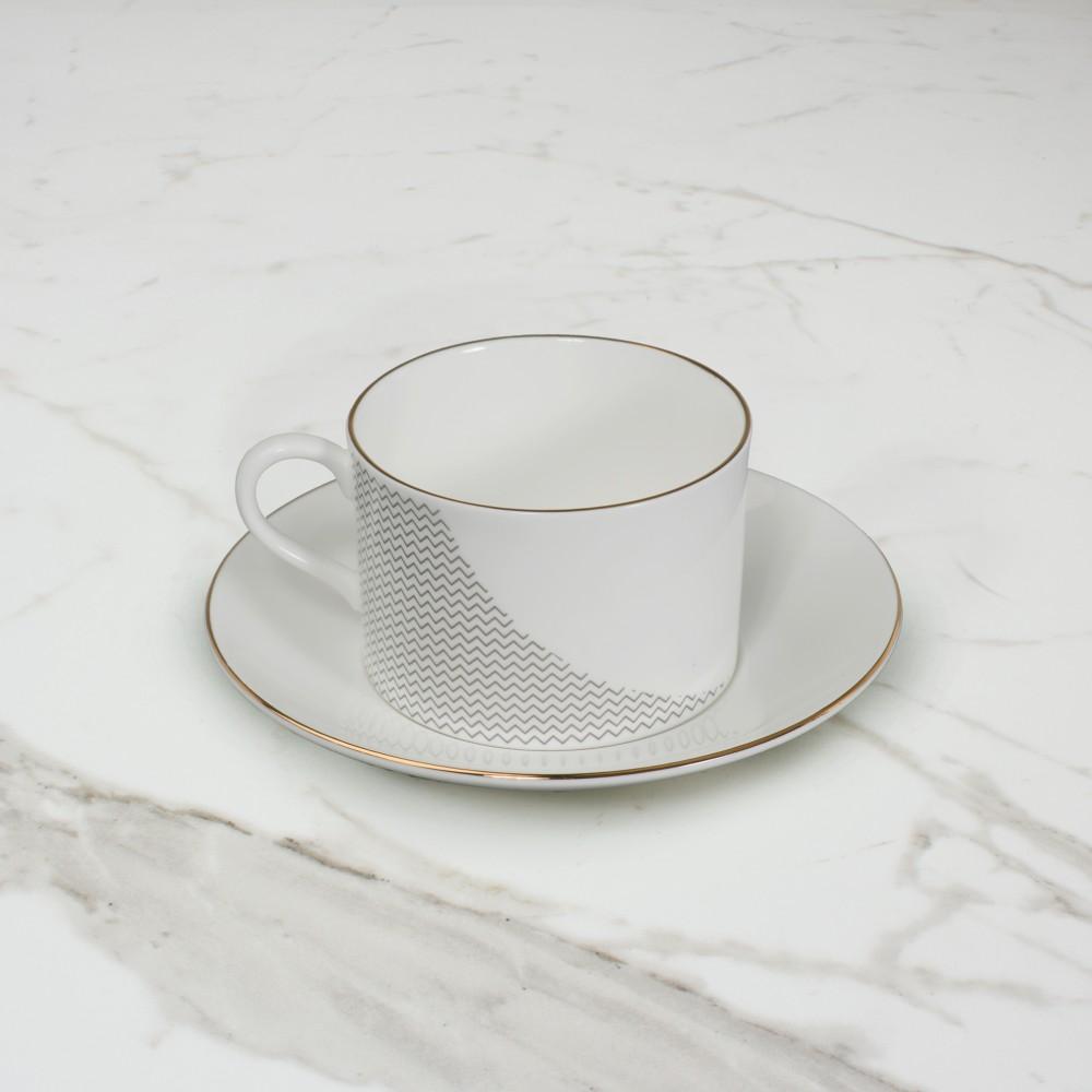 Curve Cup+Saucer No.1