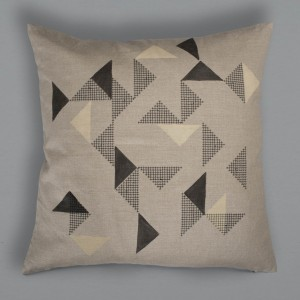 Goldsmiths Cushion - Black