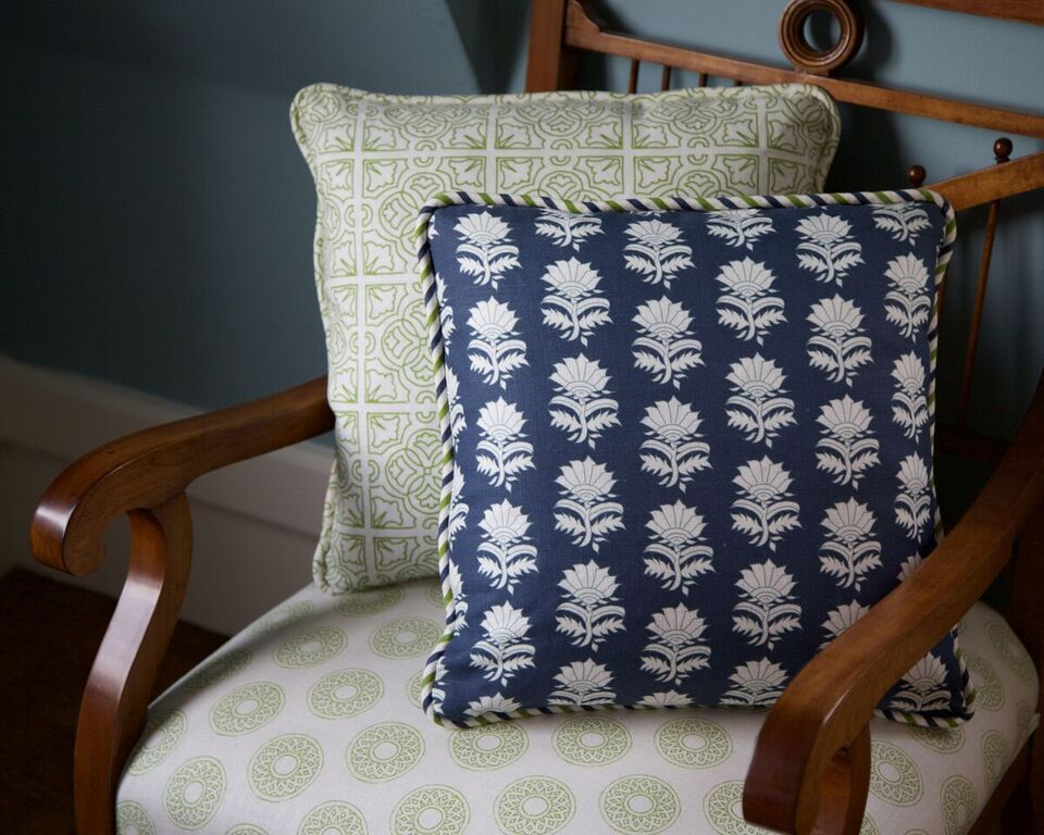 CUSHIONS - WHITE THISTLE IN INDIGO AND IRISH TILE AND CHAIR/SMALL GURAJAT IN GRASS