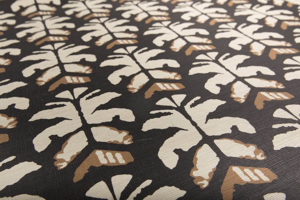 Wild Palms Grasscloth Lovina Close up