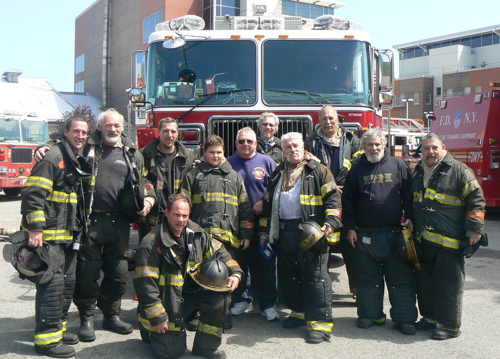 FDNY Hockey & ROCK 2012 164.jpg