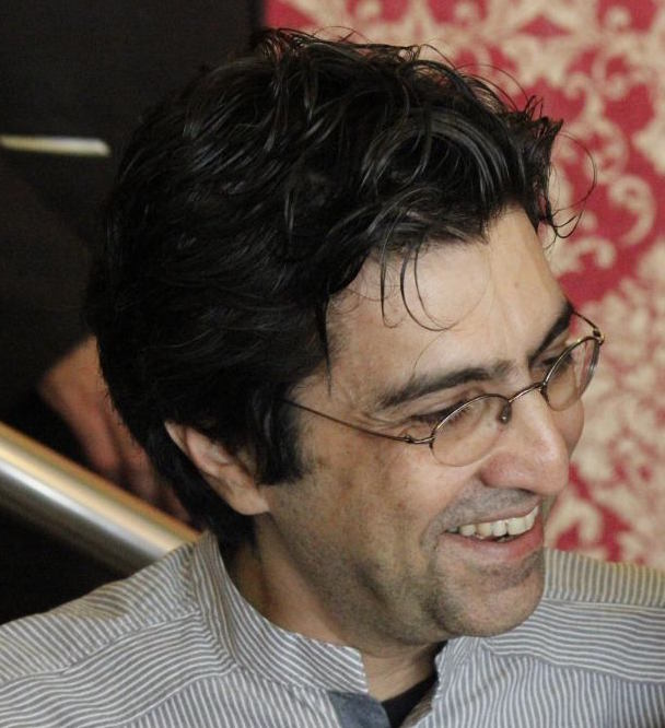 "DESTINATION: Kaveh Bassiri on Iranian Novels in Translation ""Translated books are ambassadors and messengers. They are immigrants settling in a new home, adapting, changing and being changed by the world around them."""
