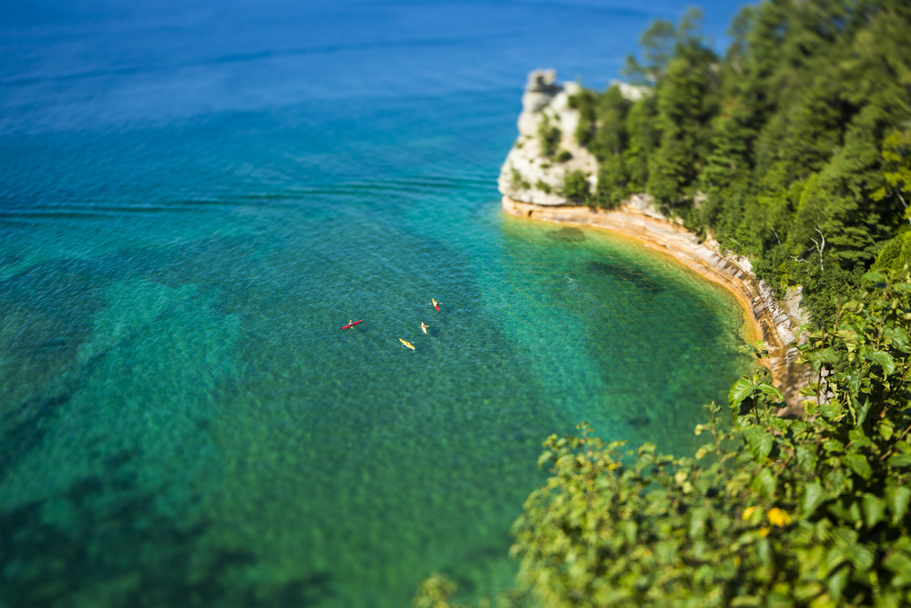 MINI MINER'S CASTLE: I rented this tilt/shift lens for only a week, so I decided to take it to some of the more scenic parts of Michigan. Above is Miner's Castle in Munising with some mini kayakers.