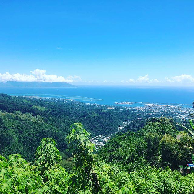 Day 2 in Tahiti! #performerlife #magician #paradise #tahiti