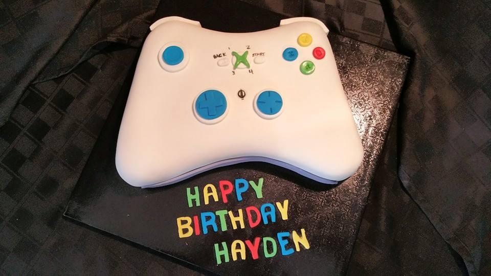 XBox Birthday Cake - La Petite Confections.jpg