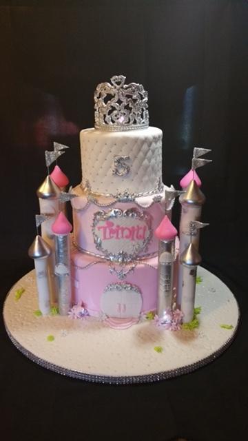 PrincessCastle Cake - La Petite Confections.JPG