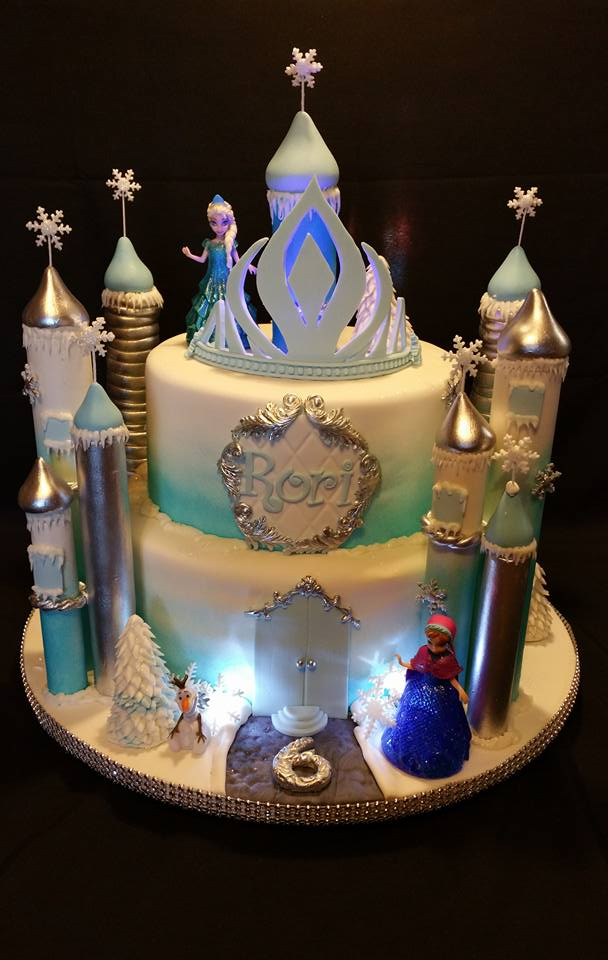 Princess Castle Cake - La Petite Confections.jpg