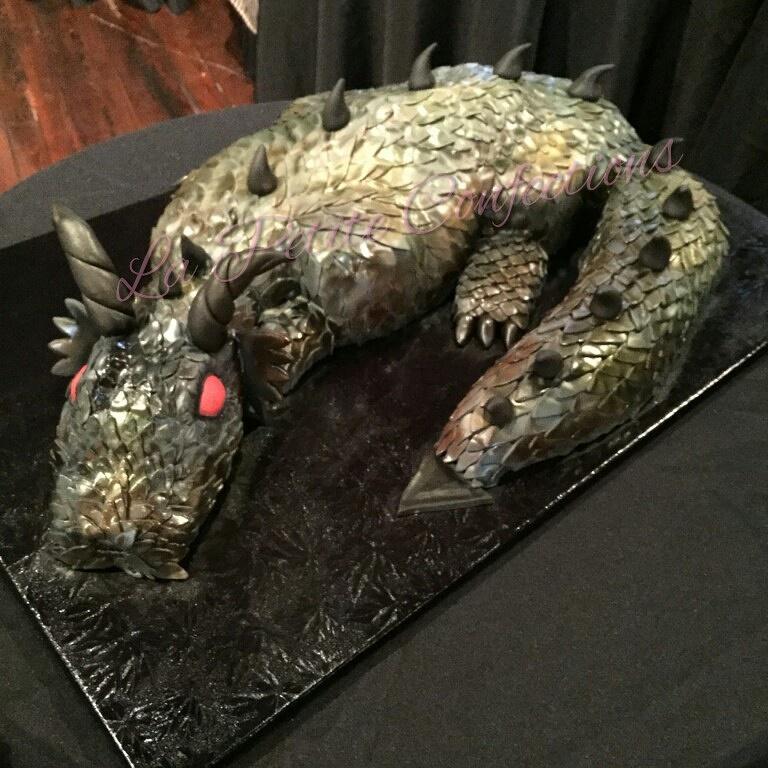 Dragon Cake - La Petite Confections.JPG