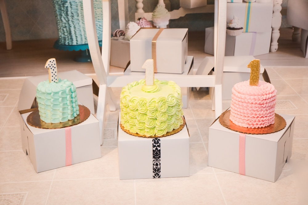 First Birthday Smash Cakes - La Petite Confections.jpg