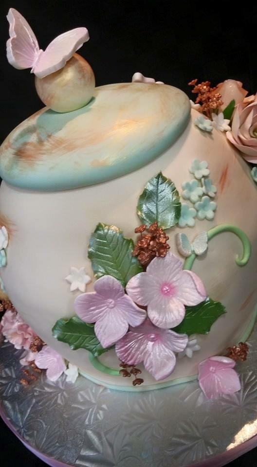 Teapot side - La Petite Confections.JPG