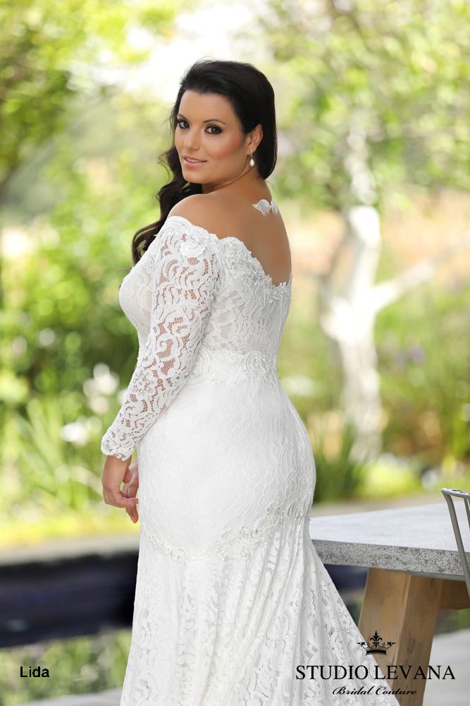 Plus_size_wedding_gowns_2018_Chloe_(3).JPG