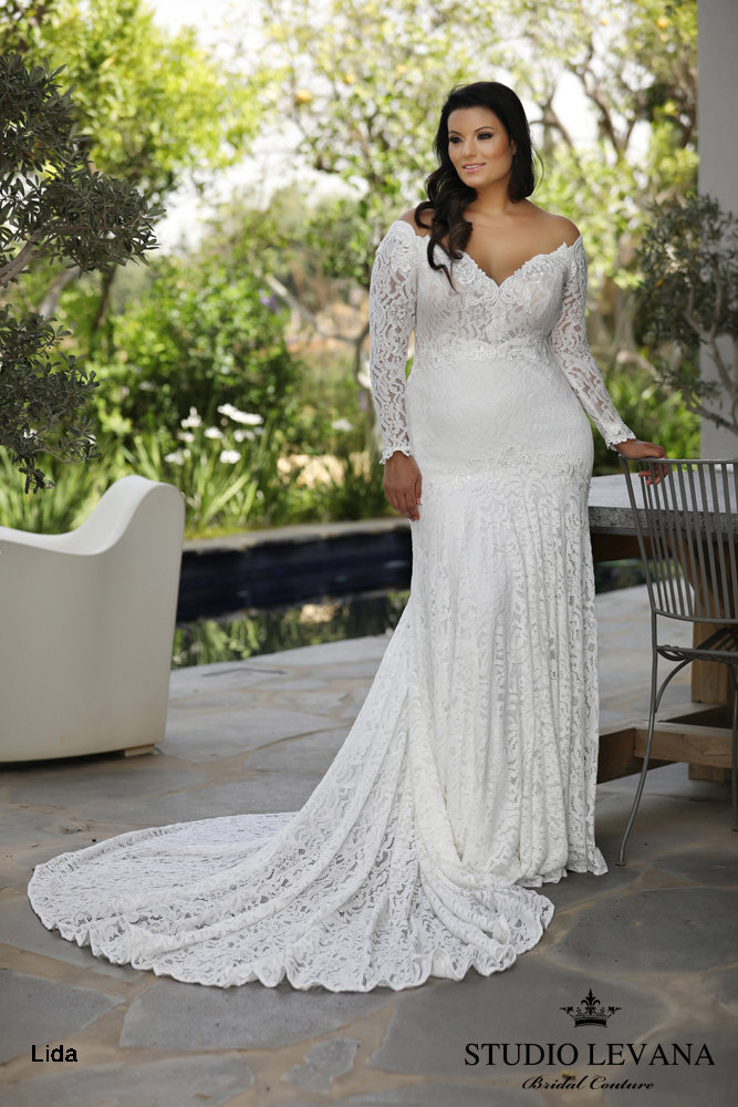 Plus_size_wedding_gowns_2018_Lida_(2).JPG