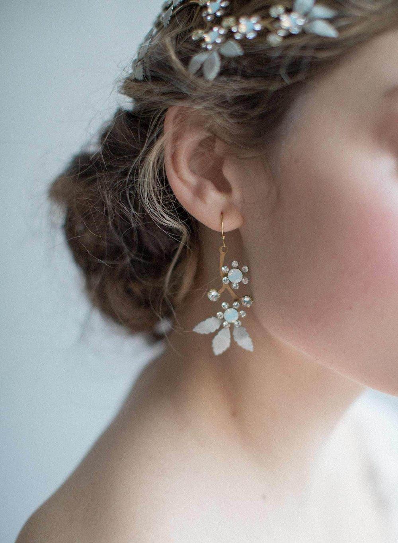 829t-opal-crystal-dangle-wedding-earrings-twigsandhoney-MAIN-CROP_2048x2048.jpg