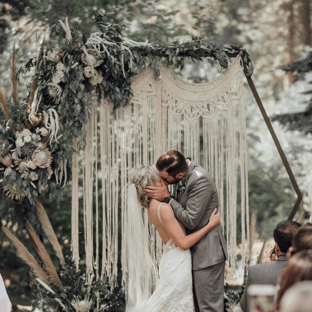 VASQUEZ-WEDDING-LAKE-TAHOE-ASPEN-GROVE-WEDDING-PHOTOGRAPHY-1050.jpg
