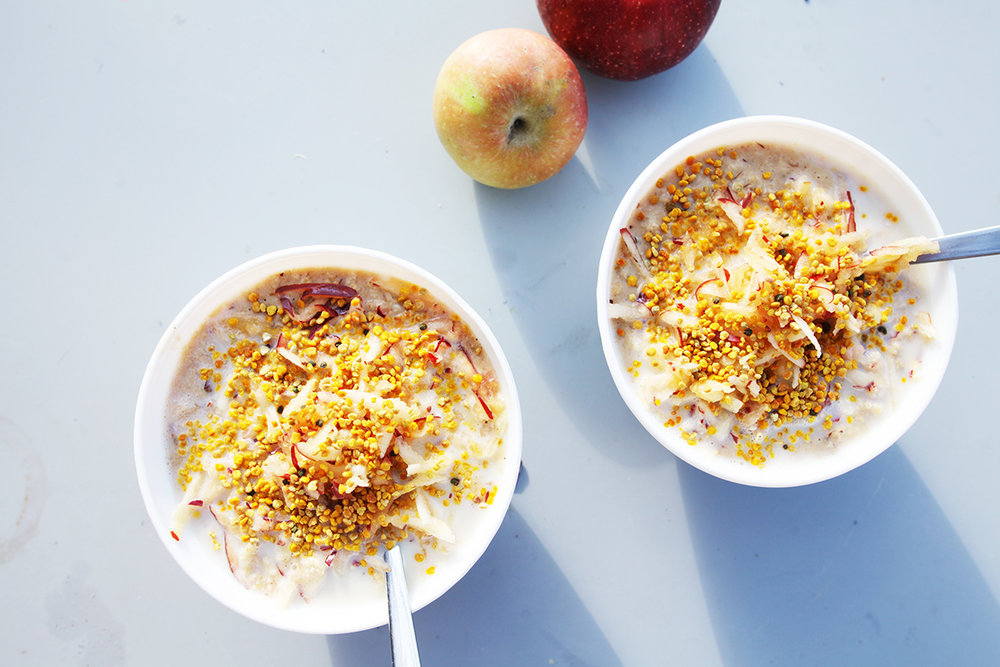 Bee pollen apple cardamom porridge.jpg