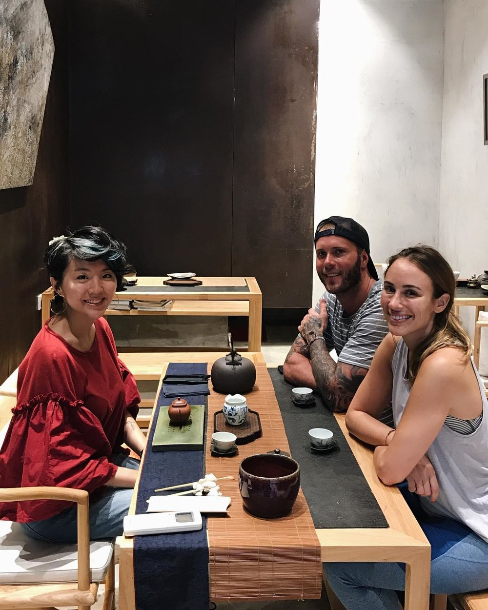 Chinese tea tasting experience on our private tour with Chef Mike Bagale (former executive chef at 3 Michelin-starred restaurant Alinea in Chicago) and food writer Kat Odell.